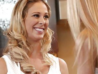 Mamas beauty - cherie deville, alina west