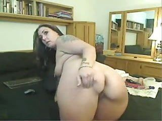 Western cam slut shows her steamy britannic backdoor
