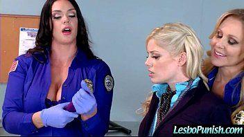 レズビアンギャルアリソンシャルロッテジュリアハード懲罰セックスゲーム映画-07